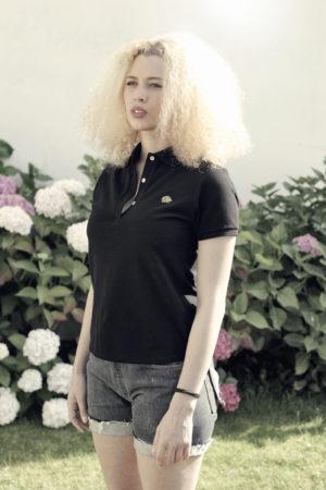 Nooch-polo_Noir-Femme-profil